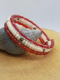 wit en rood, Wikkelarmband, rocailles