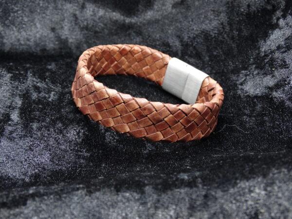 gevlochten leer, bruin, brede armband